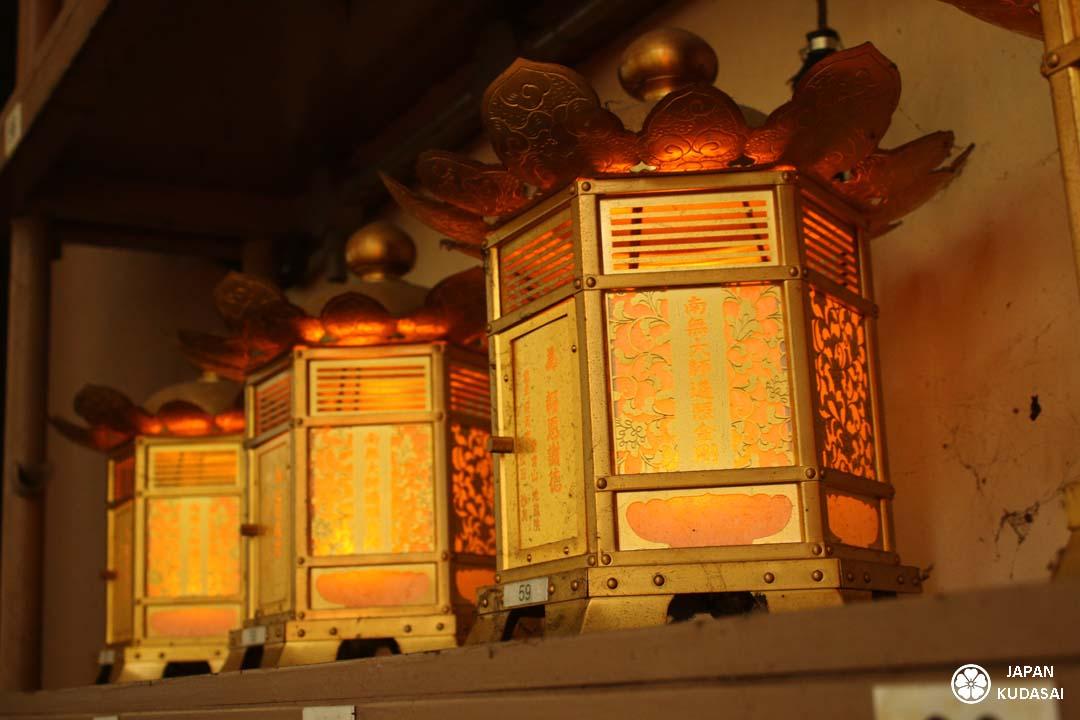 lanternes-koyasan-1080